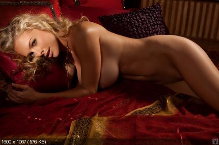 21 Pics   PlayboyGirls   1600x1067   18 Mb