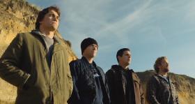 Покорители волн / Chasing Mavericks (2012) DVDRip [Чистый звук]
