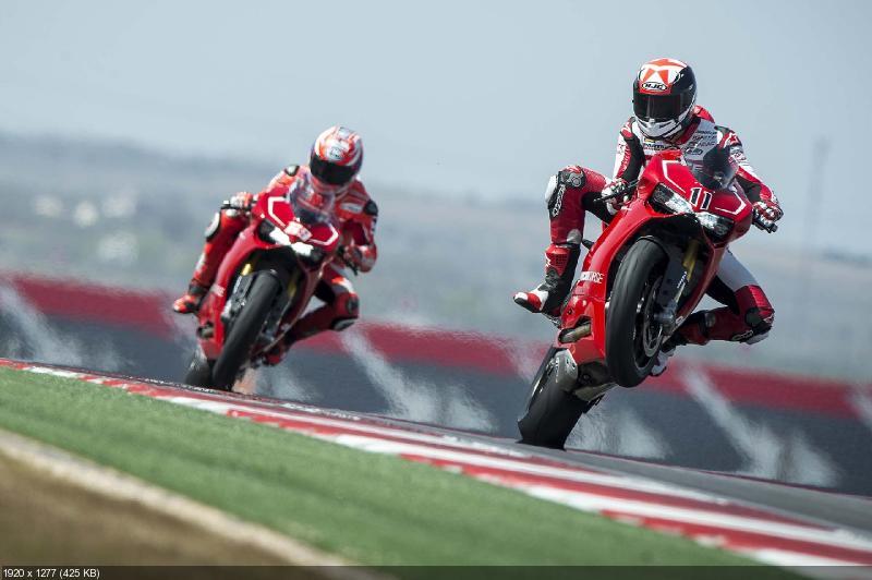 Качественные фотографии Ducati 1199 Panigale R 2013 (101 фото)